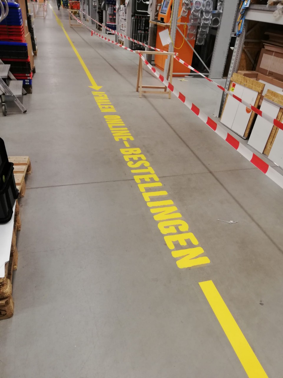 bewegwijzering belijning vloer winkel maastricht limburg heerlen kerkrade maastricht